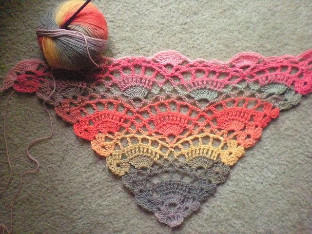 Knitting Patterns Dog Breeds : Knit Triangle Scarf Pattern Dog Breeds Picture